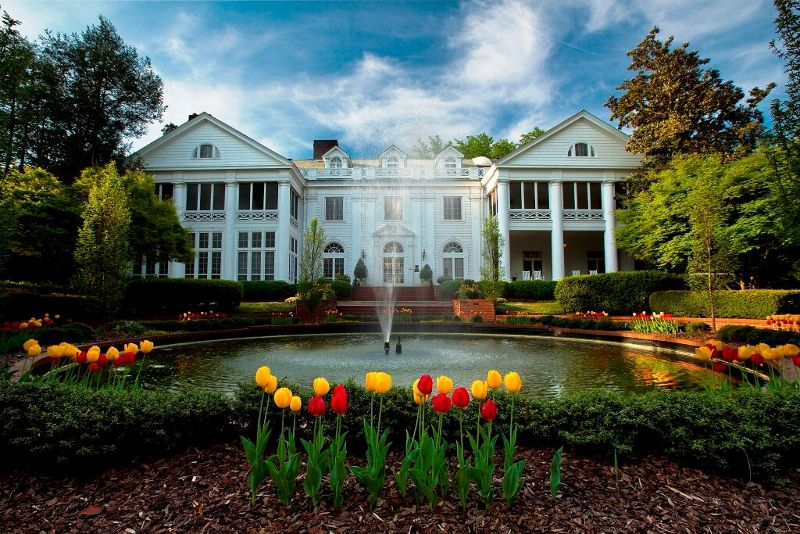 The historic Duke Mansion is hosting its Summer Cocktail Evenings every Monday-Thursday in July from 5 to 8 p.m.
