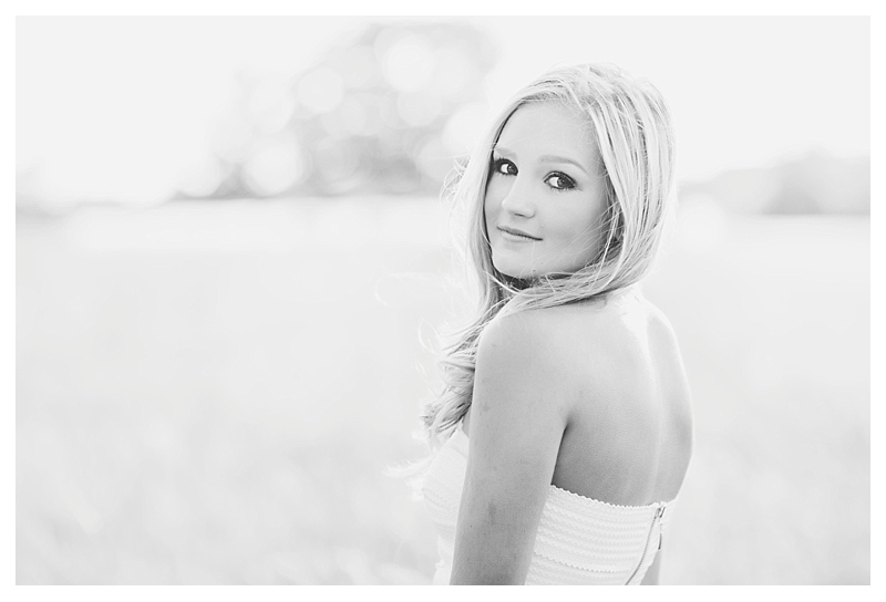 dayton_ohio_senior_portraits_leslie_savage_lilly_0082.jpg