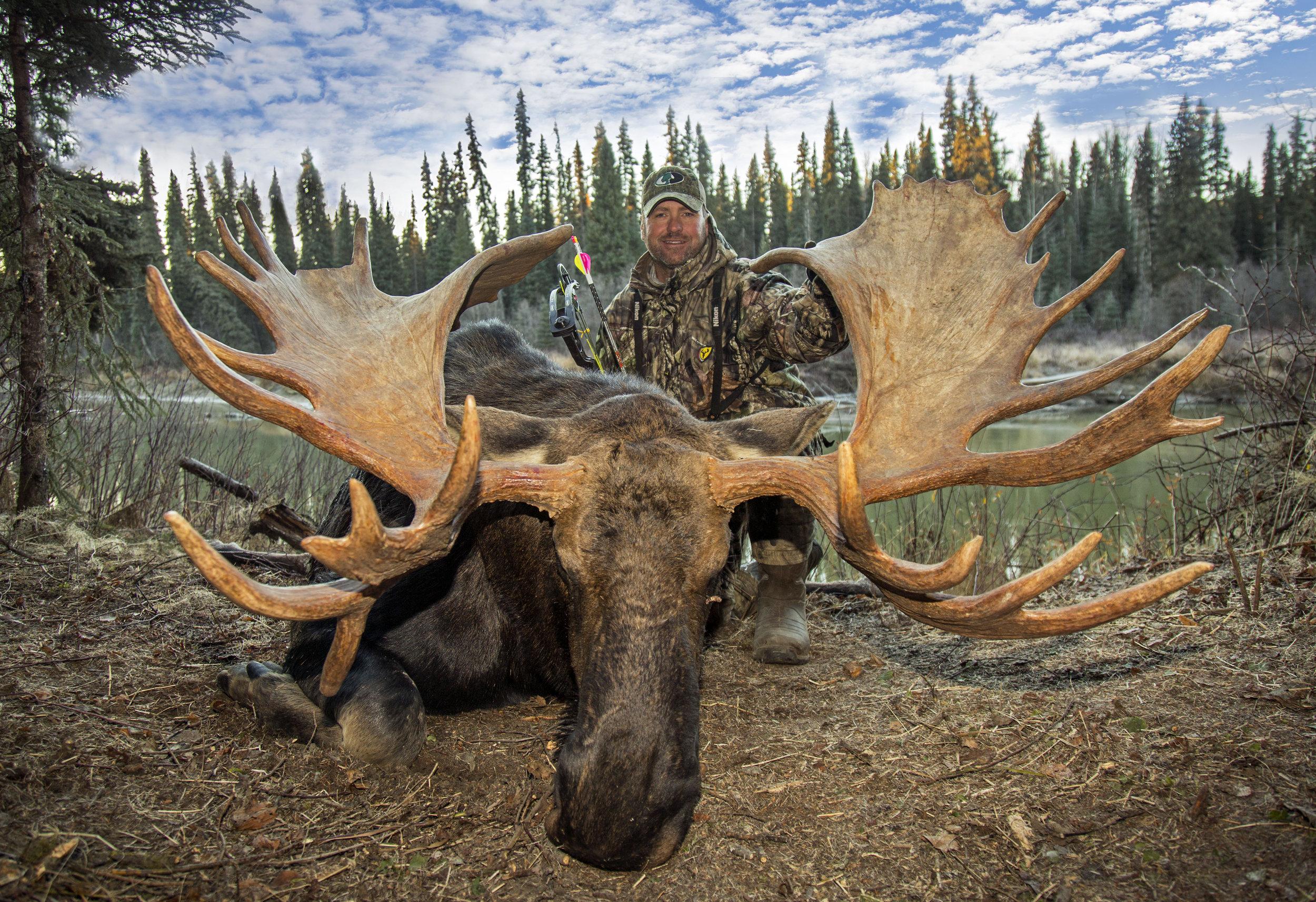 pat moose 1 with Mossy Oak hat.jpg