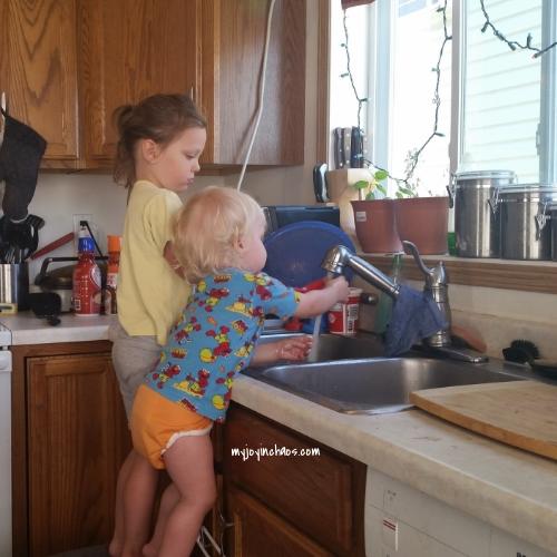 kitchenhelpers.jpg