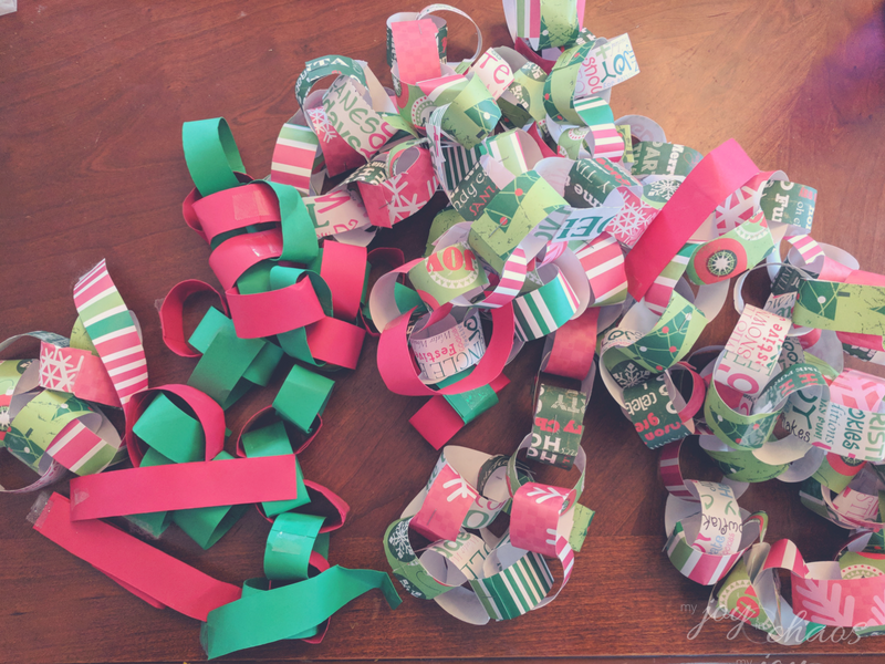christmas decor clutter paper chains