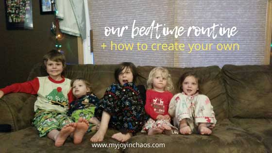 Take the struggle out of bedtime with an easy to follow bedtime routine! Bedtime routines help kids get in the mood for bed so start implementing yours tonight! #bedtime #toddlerbedtime #bedtimestruggles #fivekids #twins