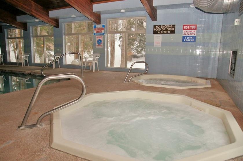 Hot Tubs.jpg