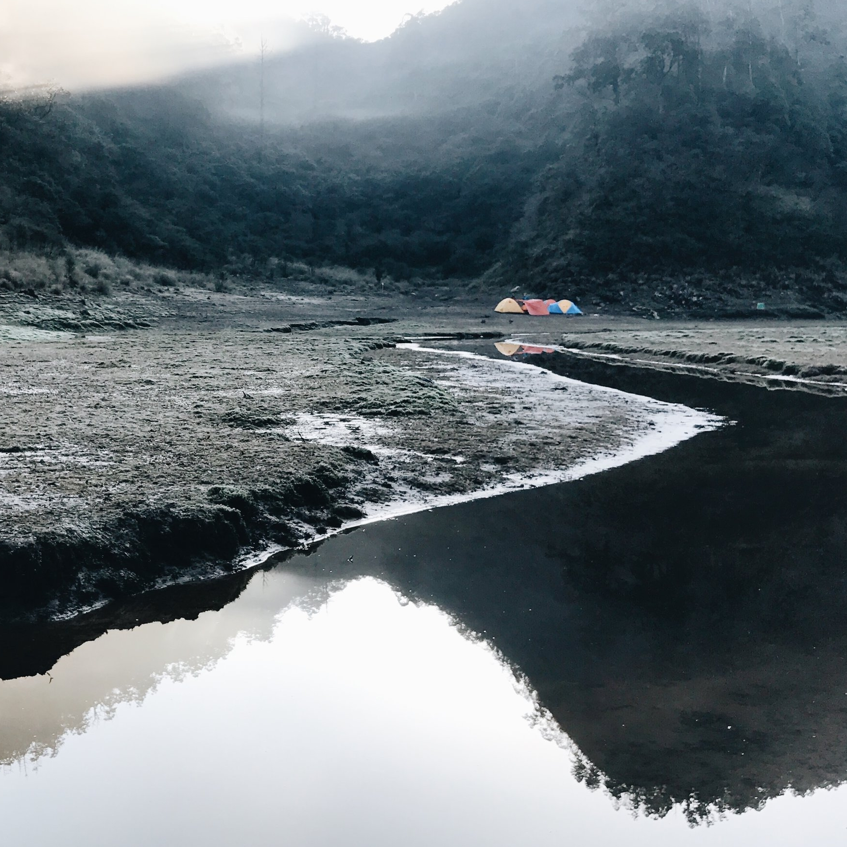 員旅登上松羅湖  photo   大Q