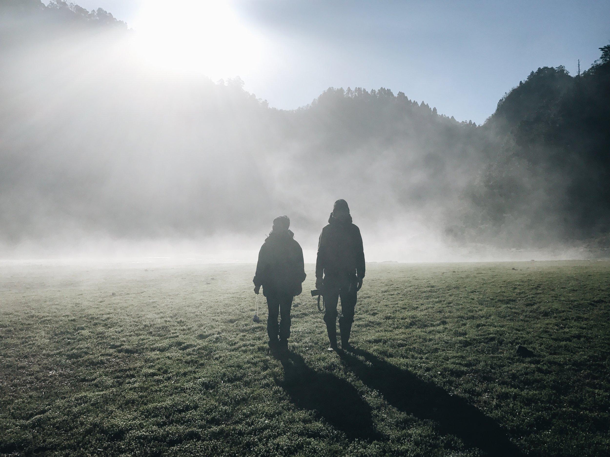 PHOTO 員旅登上松蘿湖  我們的員旅從來都不輕鬆,戶外冒險似乎帶給我們........