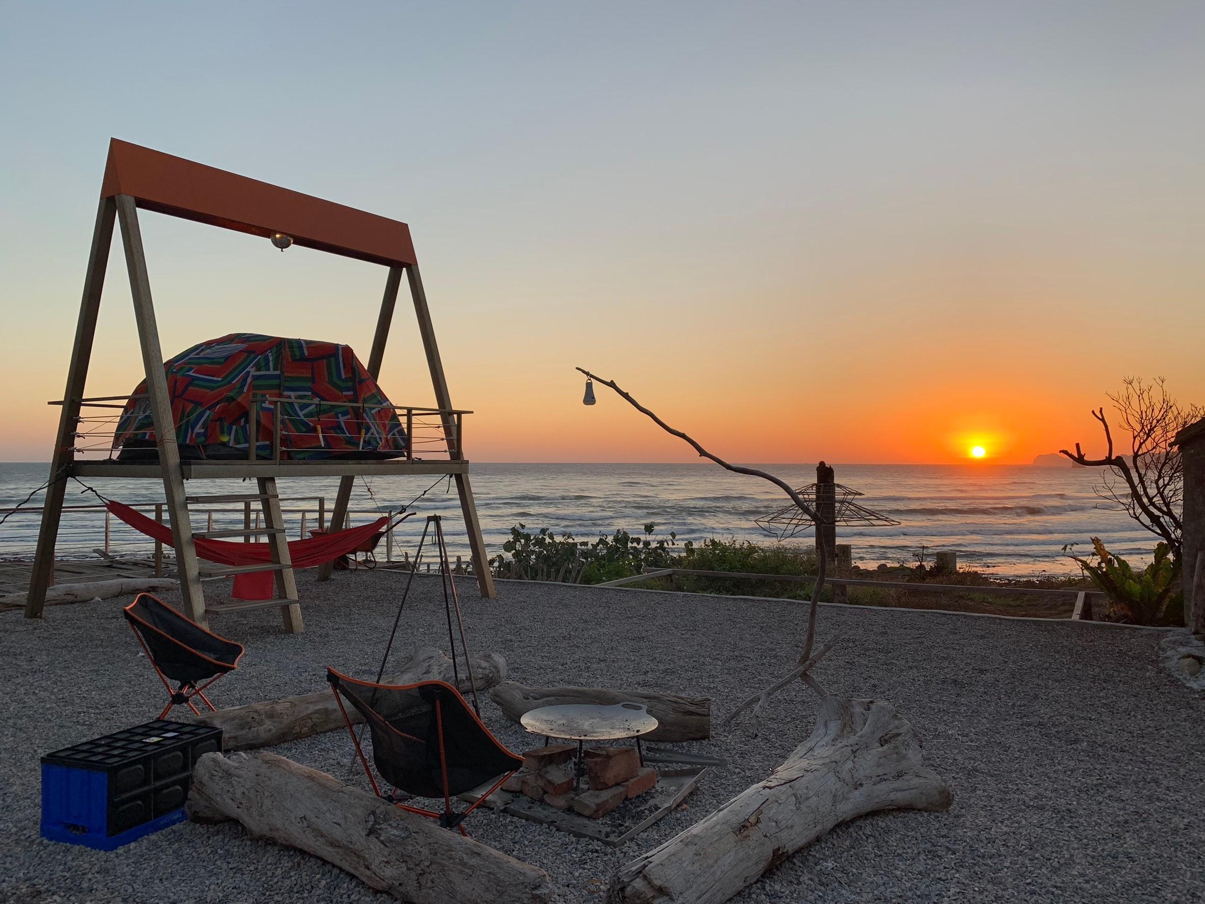 (記得要起早看北台灣海邊的日出,會令你讚嘆不已的!感謝客人提供美照)