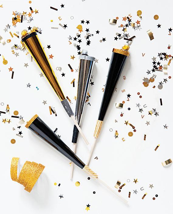 confetti-popper-new-years-eve-noisemaker1.jpg