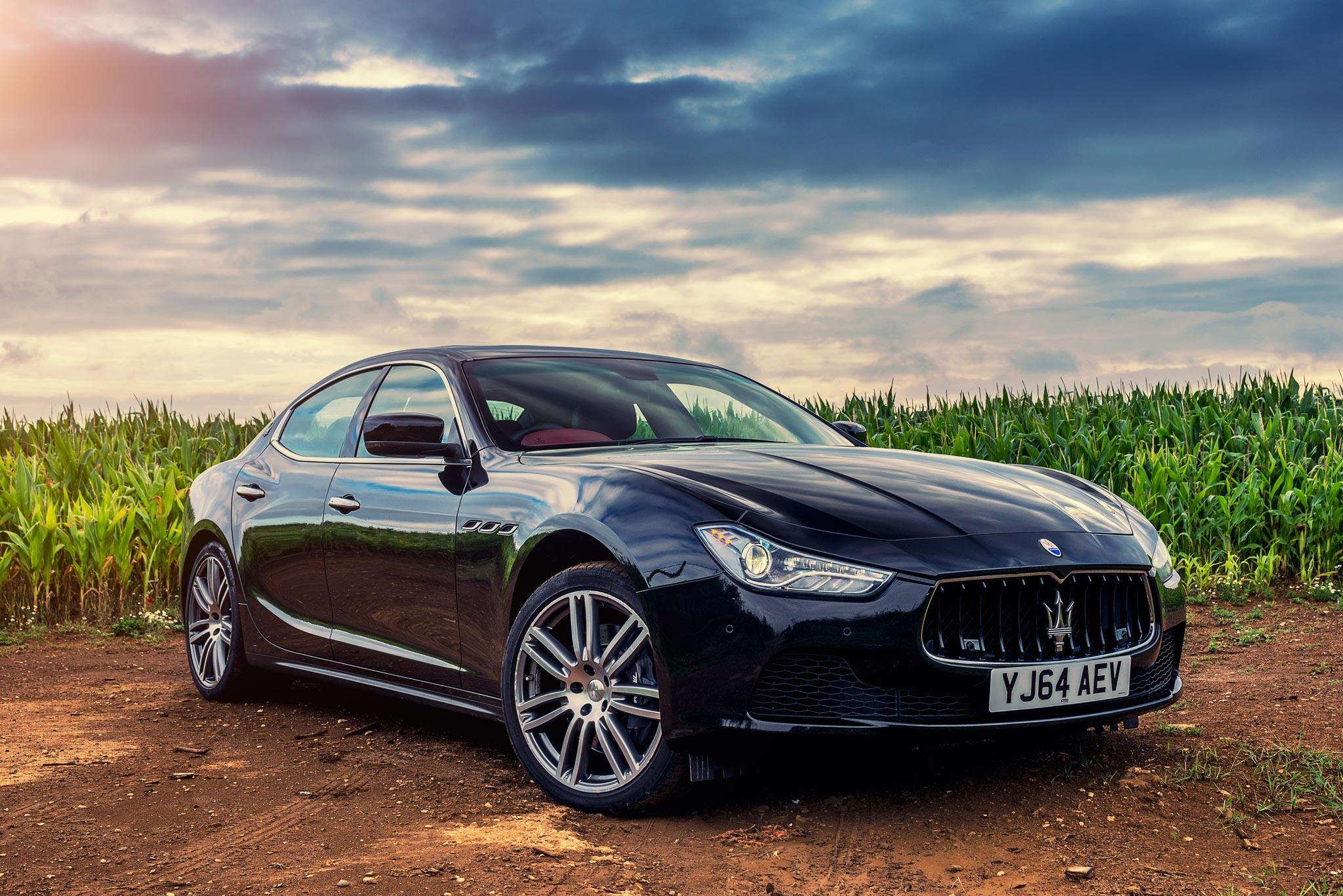 Maserati Ghibli - Maze field, Upper Tyson, Cotswolds