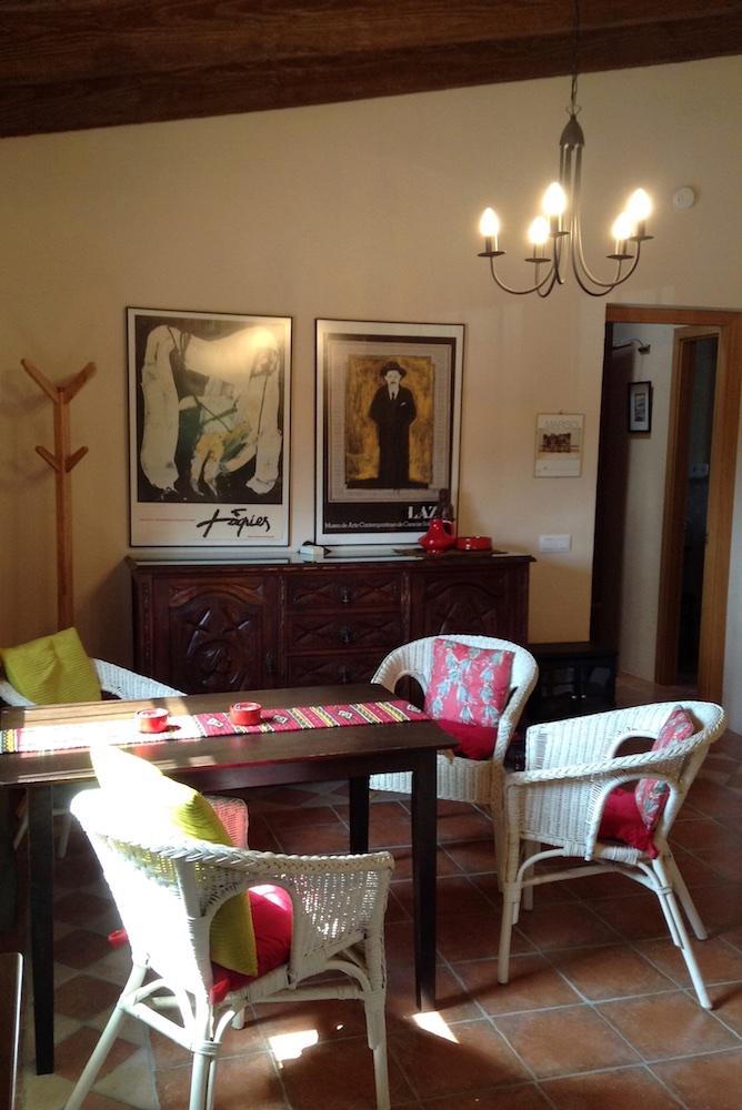Cottage 5 (Dining area).jpg