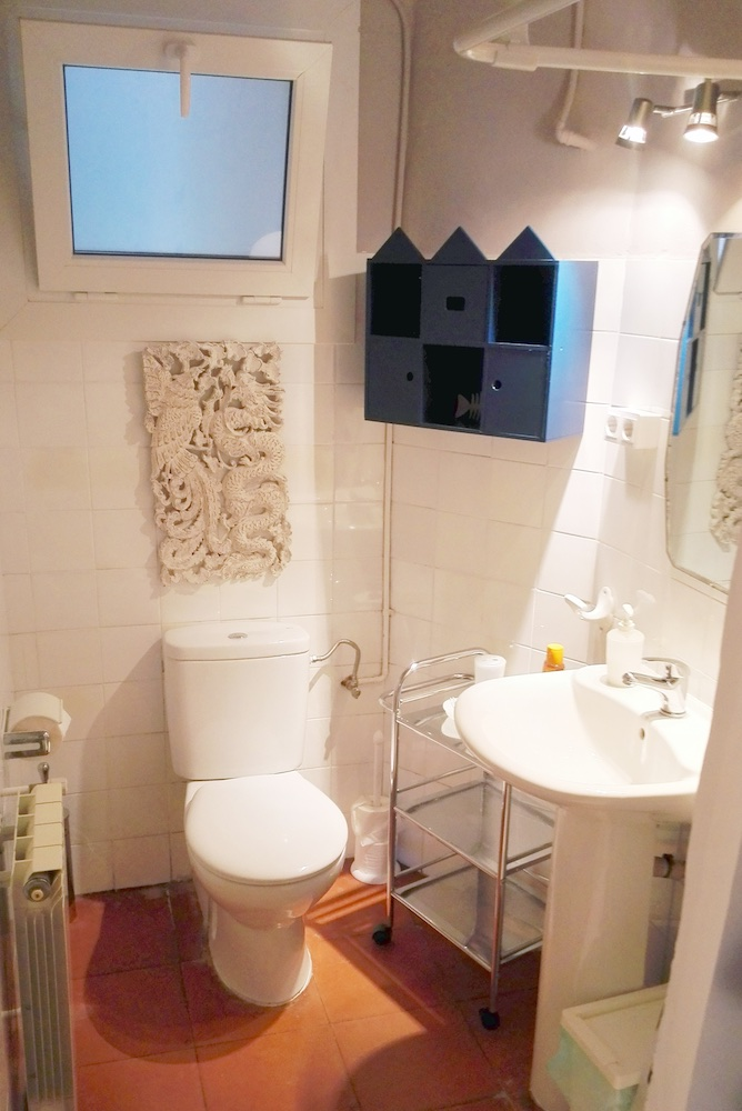 RP6 6 (Bathroom).jpg