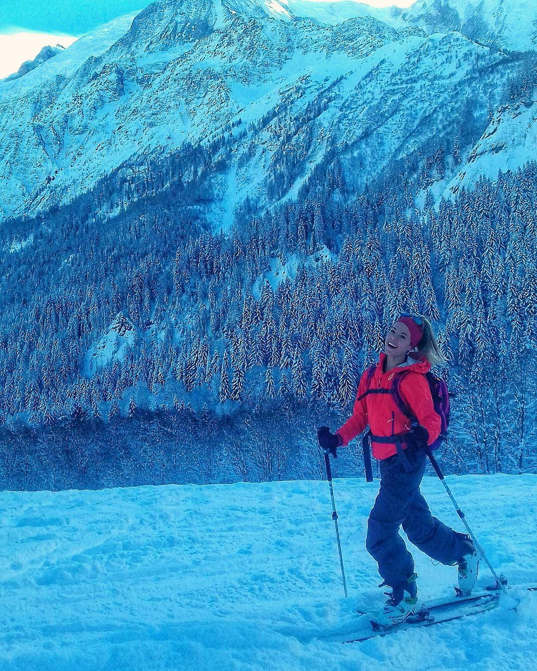Ski tour with the awesome mountain girl Irne Mnguía