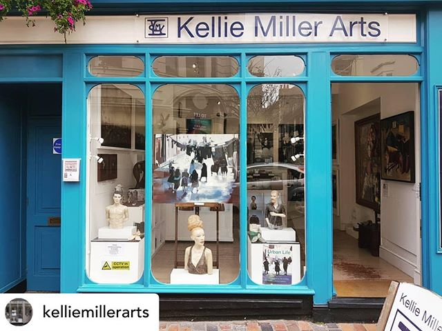 Great to see my painting in the window @kelliemillerarts #brighton last couple of days of Urban Life showing around fifteen of my paintings and charcoal drawings.