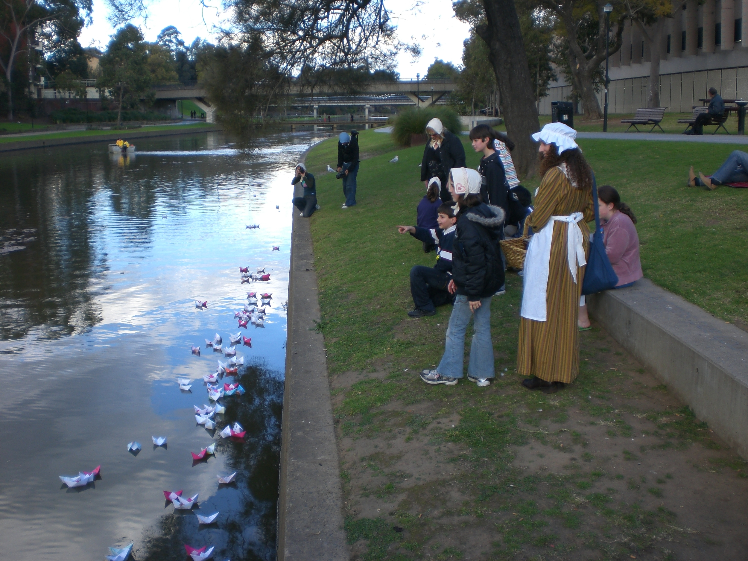 Lada Dedic & Christina Henri Boats on the Parramatta River   Community Workshop, Parramatta City Council, 2009