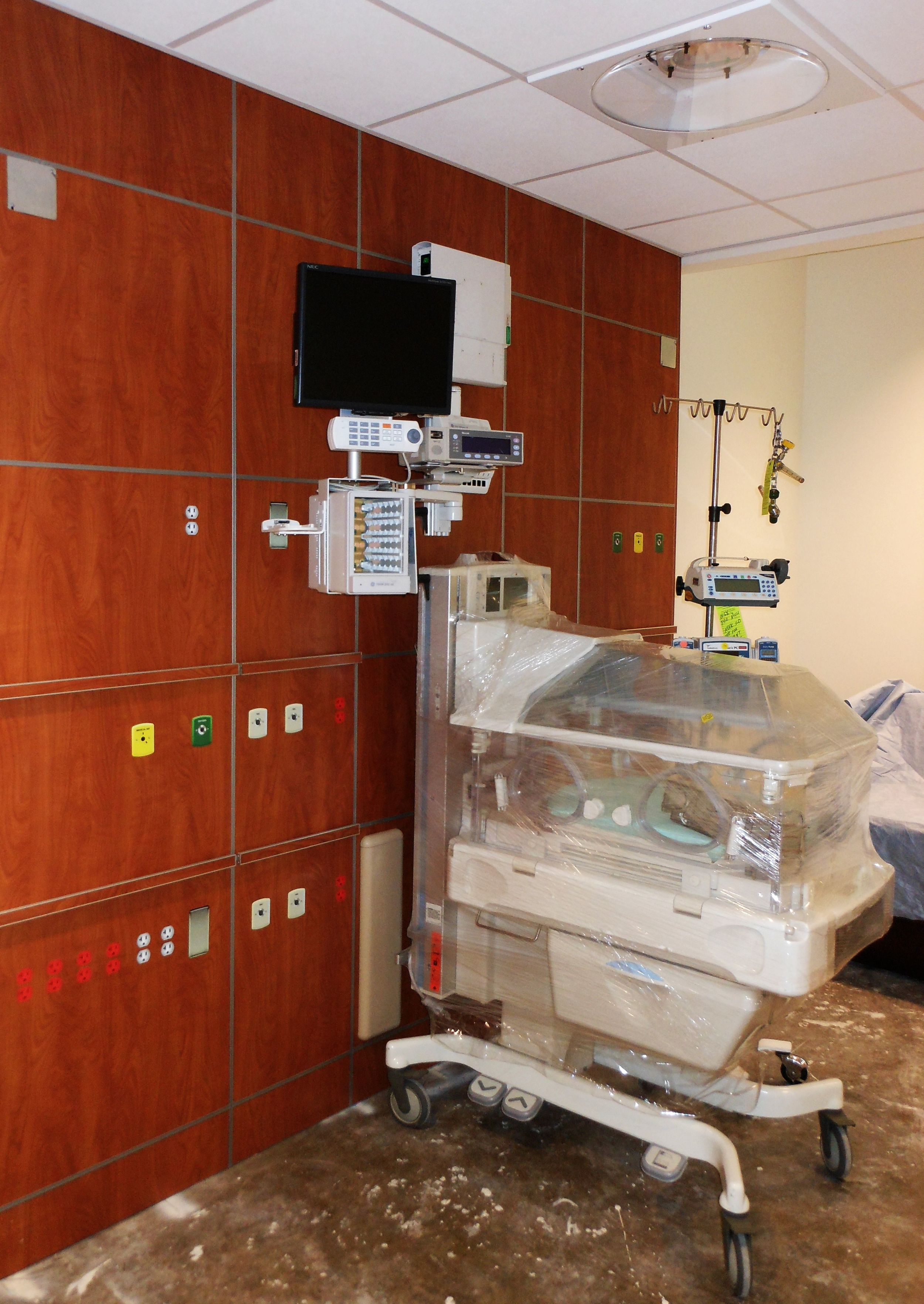Neonatal Intensive Care Unit Mock-Up
