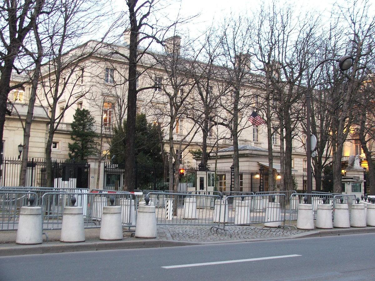 US Consulate in paris