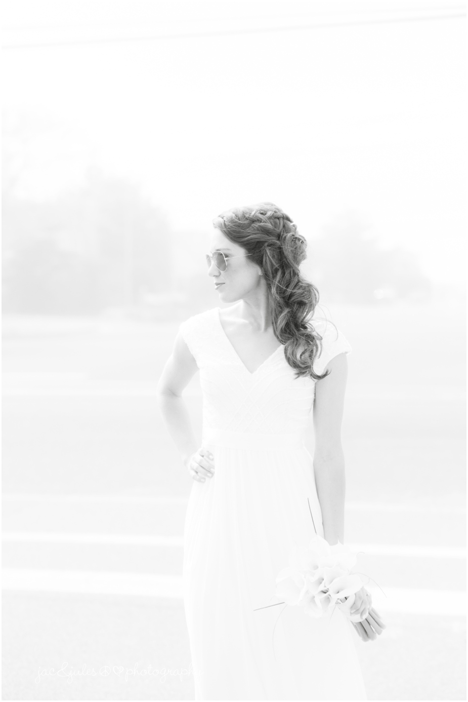 jacnjules photographs bride on the beach in LBI