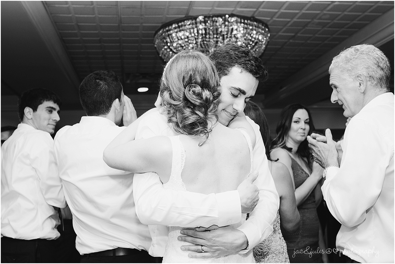 jacnjules photograph wedding reception at olde mill inn in basking ridge nj
