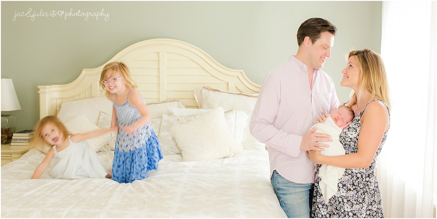 jacnjules photographs newborn baby boy and his family in their home in toms river nj