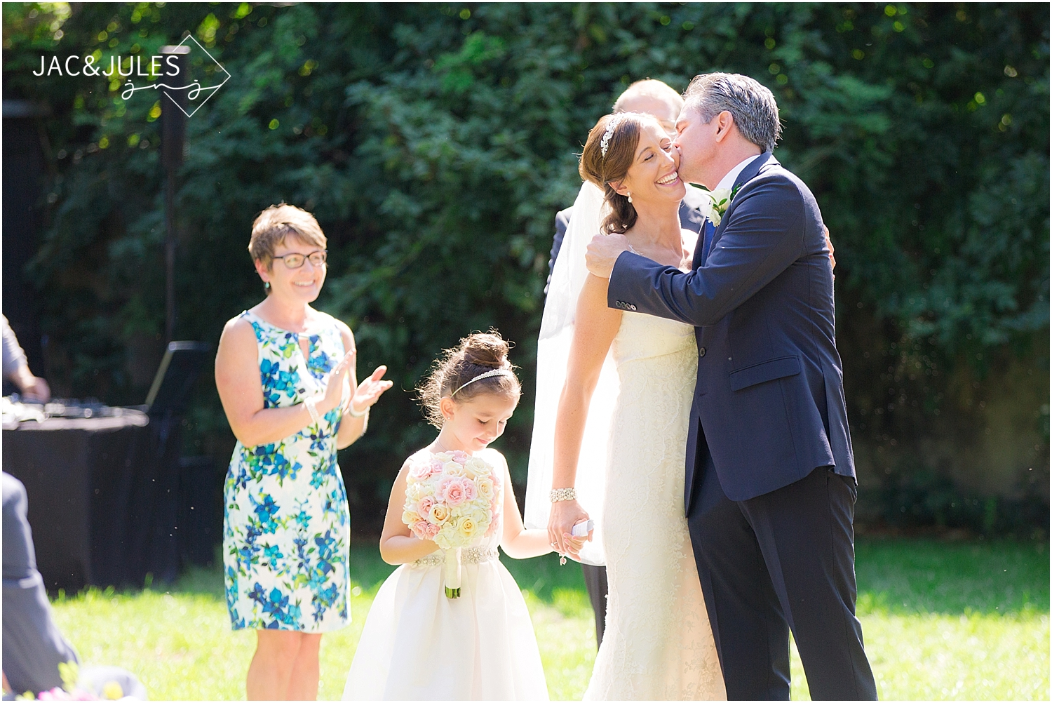 jacnjules photographs a wedding ceremony at Grounds for Sculpture in Hamilton, NJ