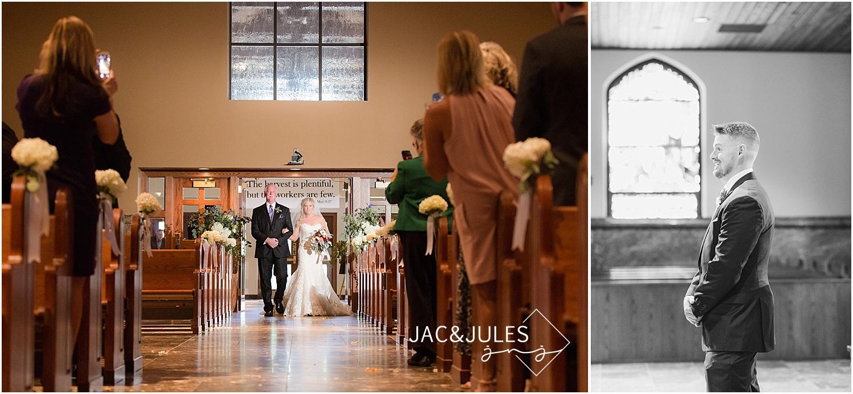 jacnjules photographs beautiful wedding ceremony at St. Dennis in Manasquan NJ