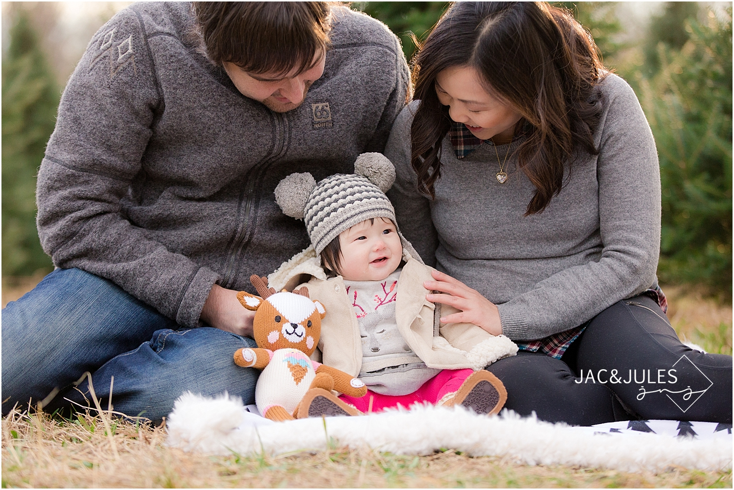 jacnjules photographs 6 month old girl for christmas at lone silo tree farm in NJ