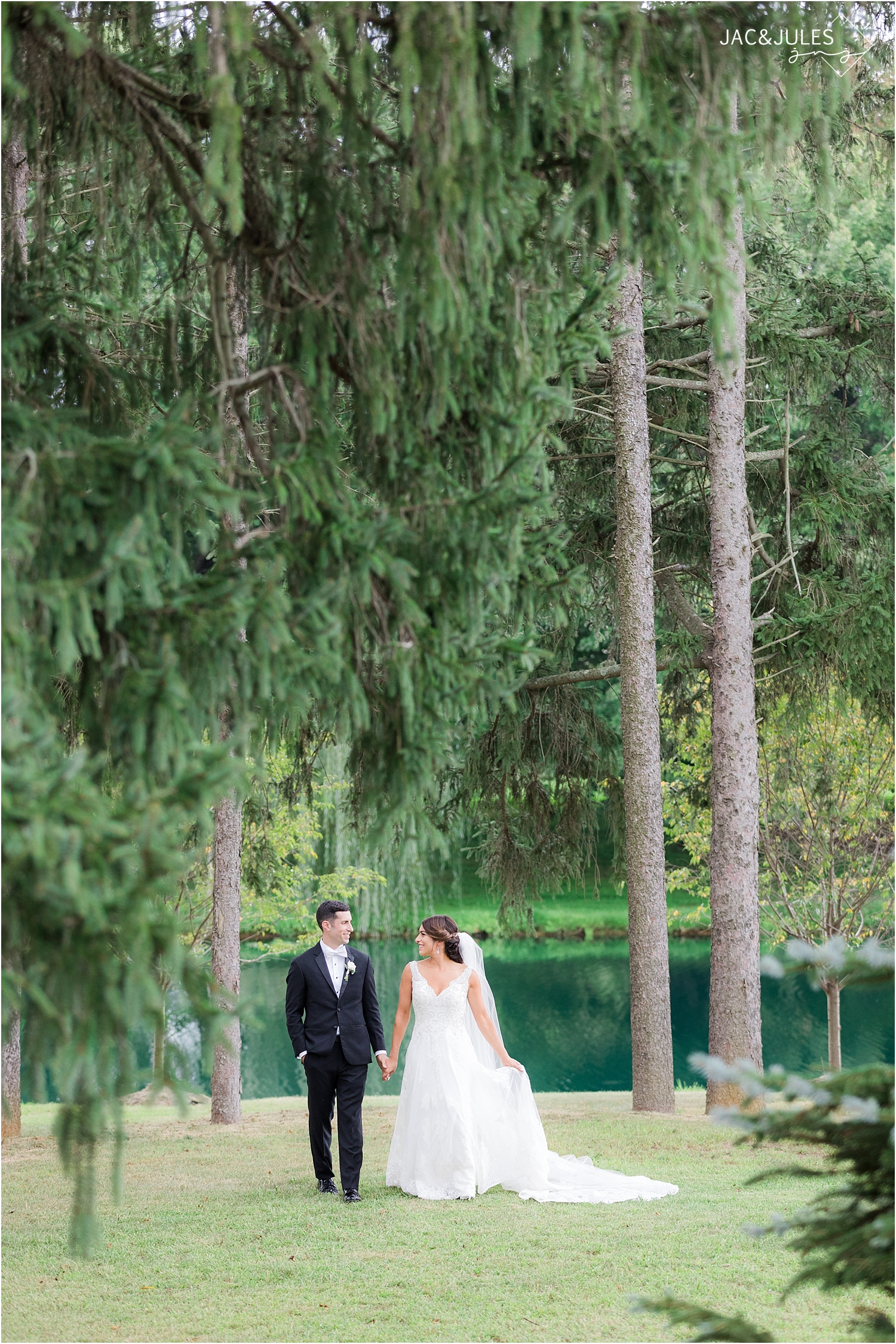 windows on the water at frogbridge wedding photo