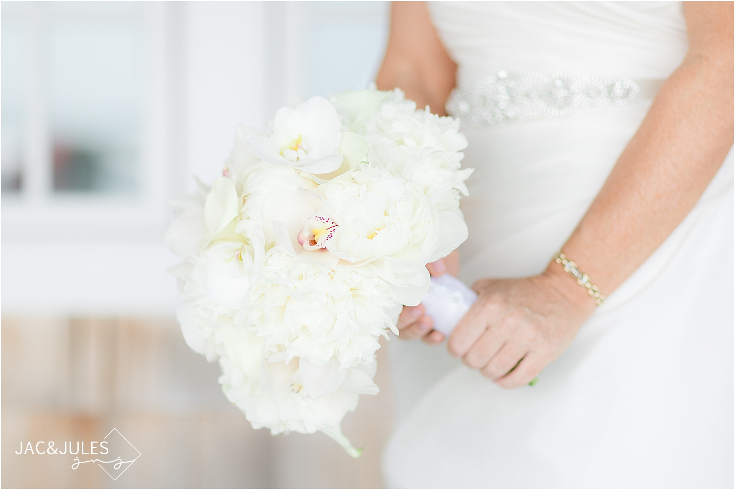 classic wedding bouquet for a coastal wedding in new jersey