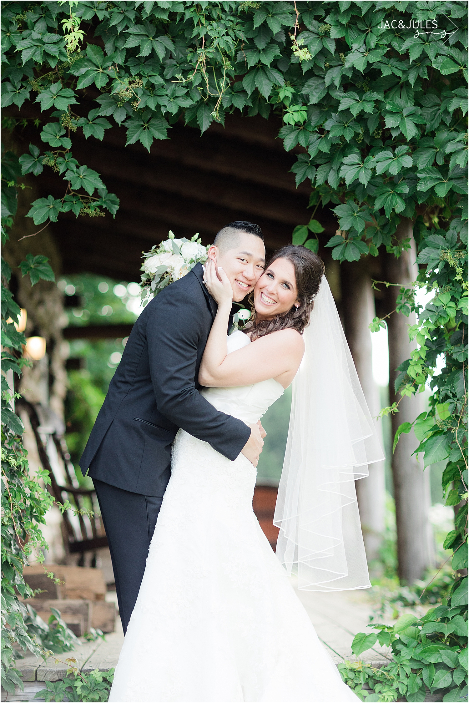 bride and groom portrait at Skyview Golf Club wedding