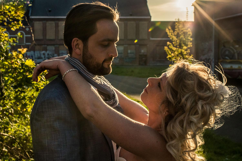 bruidsfoto-ondergaande-zon.jpg