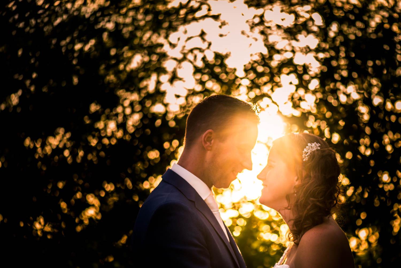 bruidsfotograaf Breda ondergaande zon