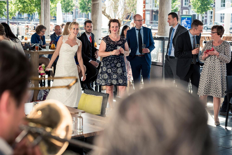 feest bruidsfotografie vismarkt Breda