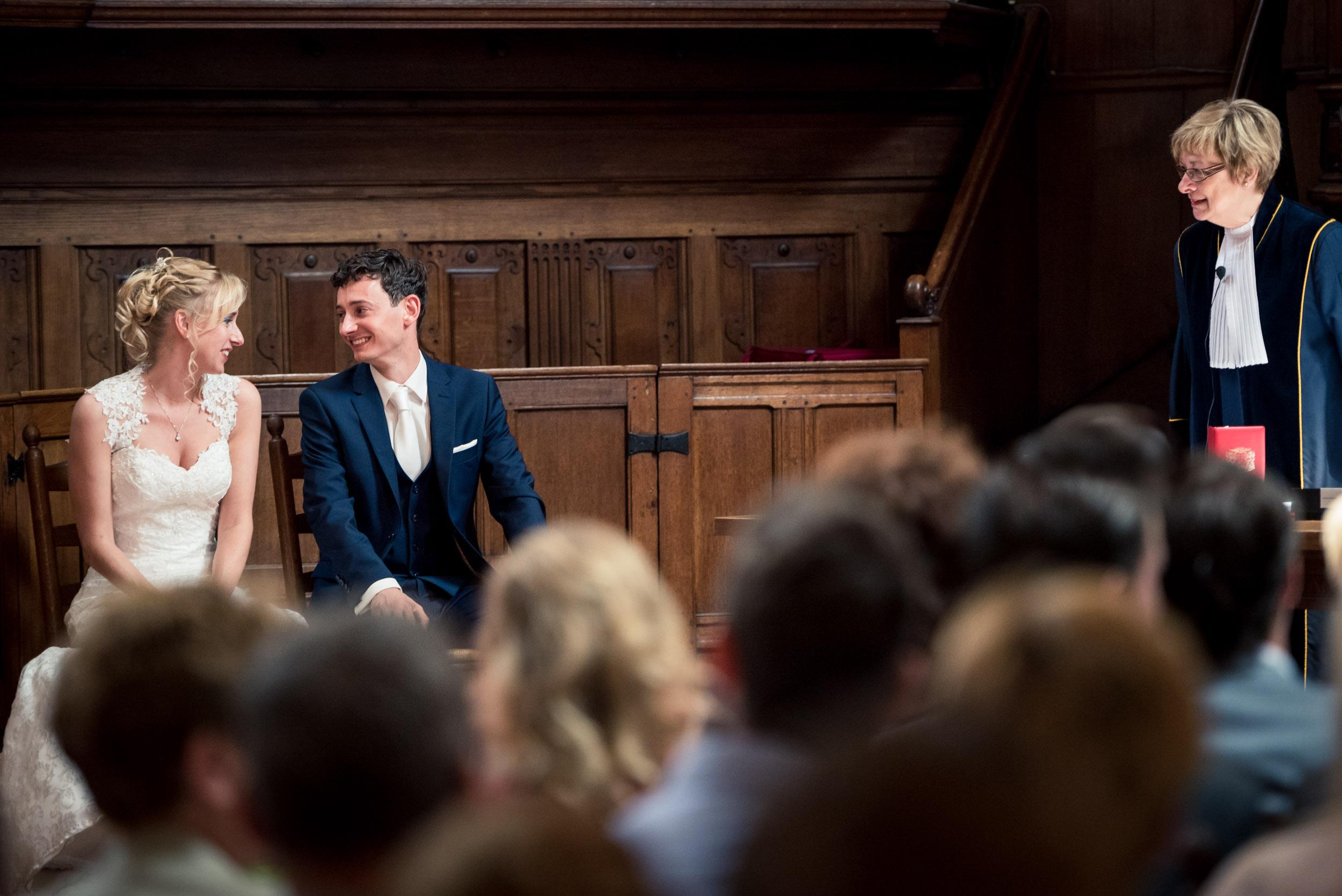 Huwelijk in Breda, met de ceremonie in de Waalse Kerk,borrel en feest bij restaurant Binnen in Breda.