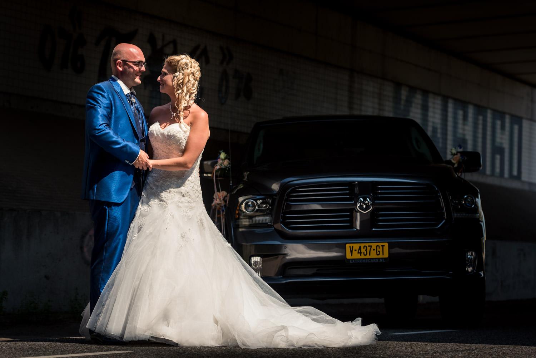 bij moderne bruidsfotografie is spelen met het licht heel belang