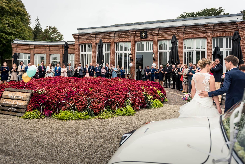 aankomst-bruidspaar-mattemburgh.jpg