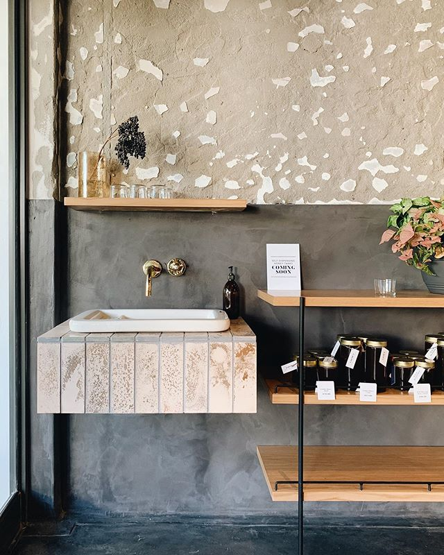 Beautiful new @schoon.eating opened in Franschhoek at Heritage square, right across @marigoldleeu. Congratulations Fritz & Chanel. Wishing you tons of success! ❤️