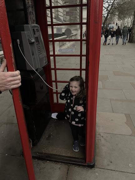 O Phone Booth London.JPG