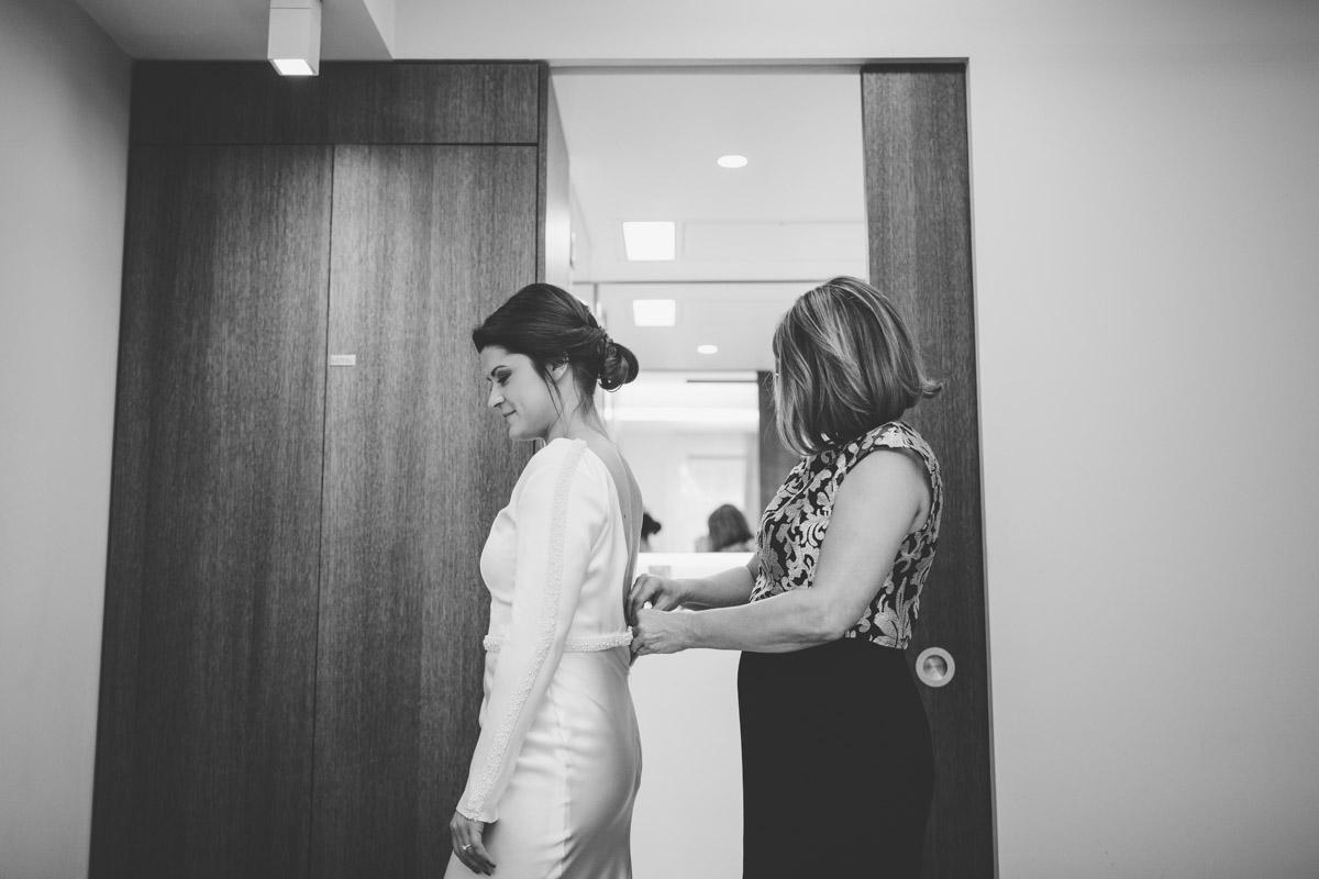 wedding-photography-trinity-buoy-wharf-19.jpg