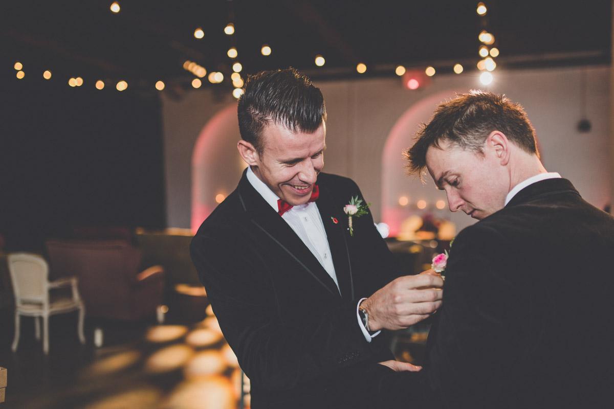 wedding-photography-trinity-buoy-wharf-29.jpg