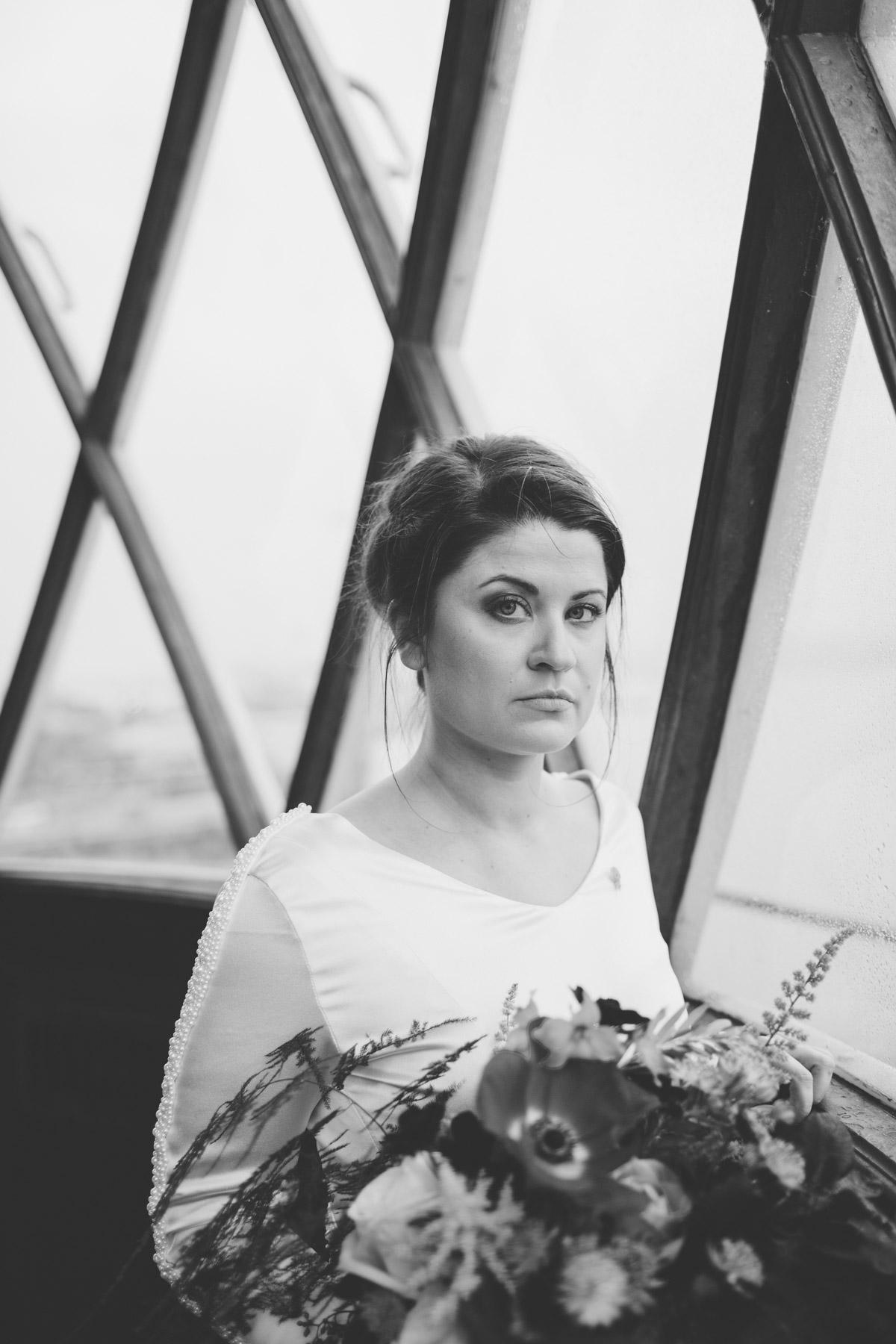 wedding-photography-trinity-buoy-wharf-39.jpg