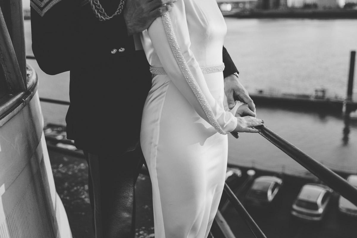 wedding-photography-trinity-buoy-wharf-105.jpg