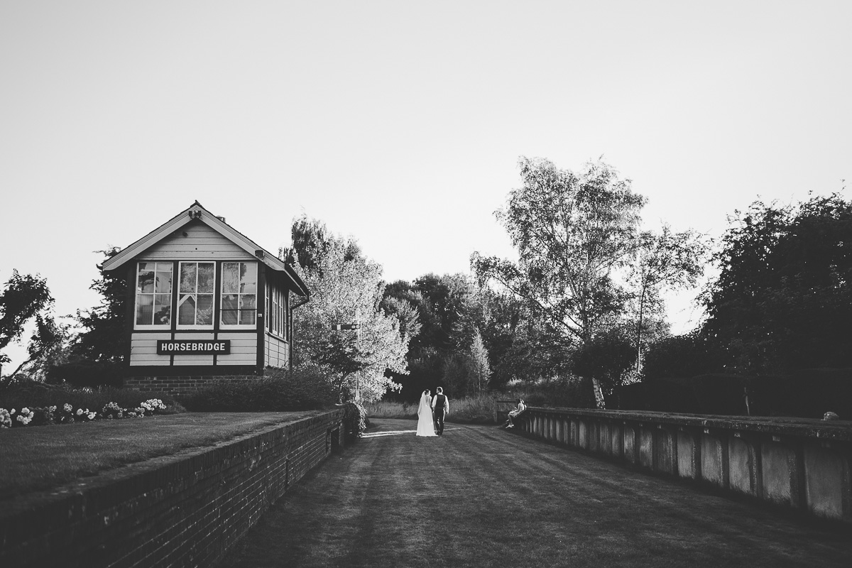 horsebridge-station-wedding-photography-102.jpg
