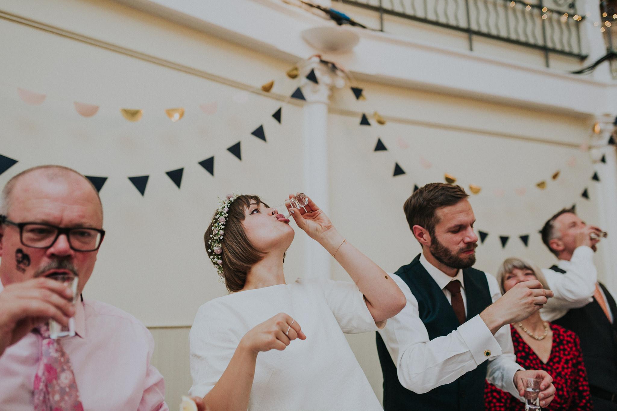 kate-gray-london-wedding-photography-83.jpg