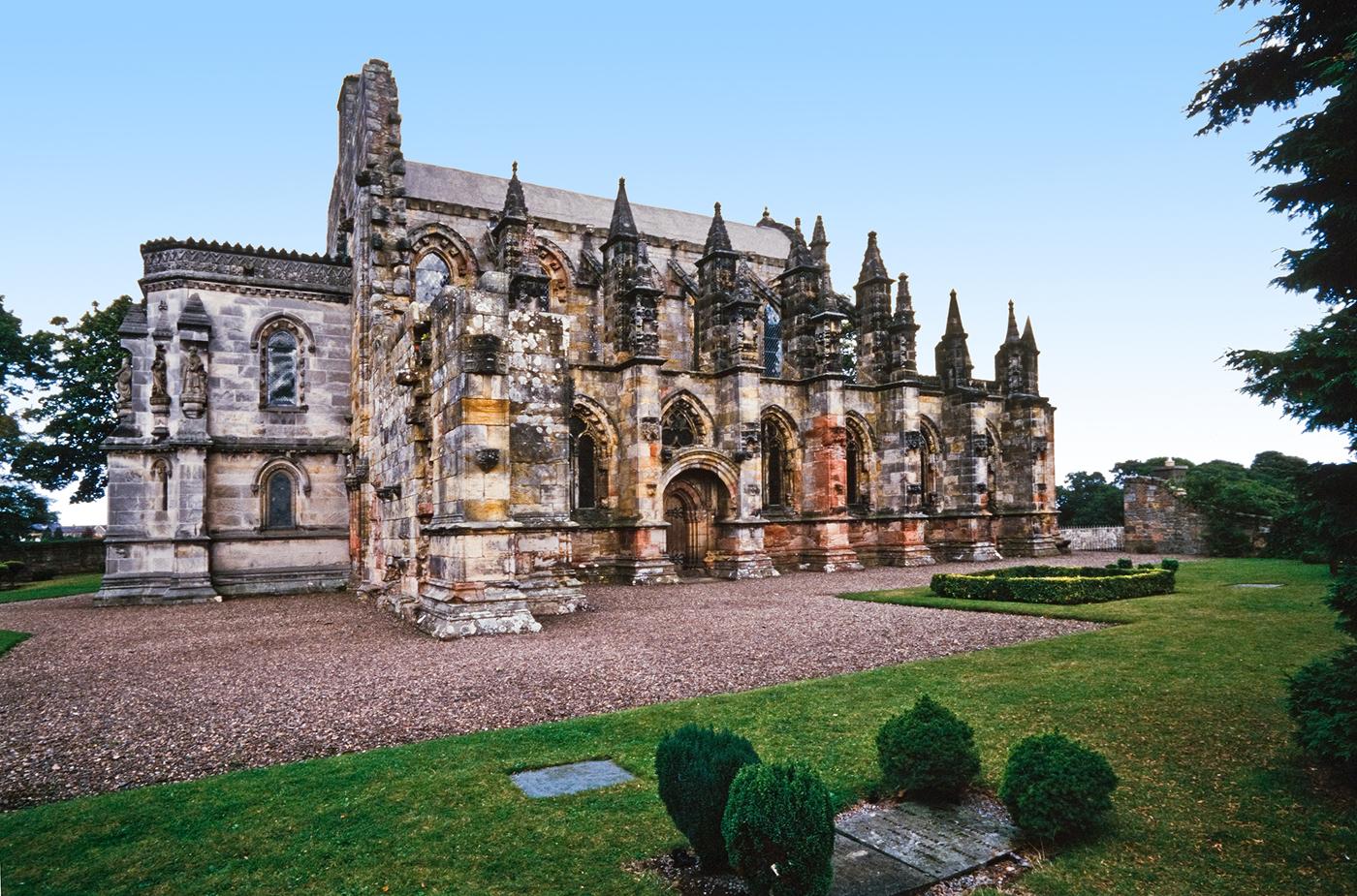 Scotland's Rosslyn Chapel from socialtravel.pl