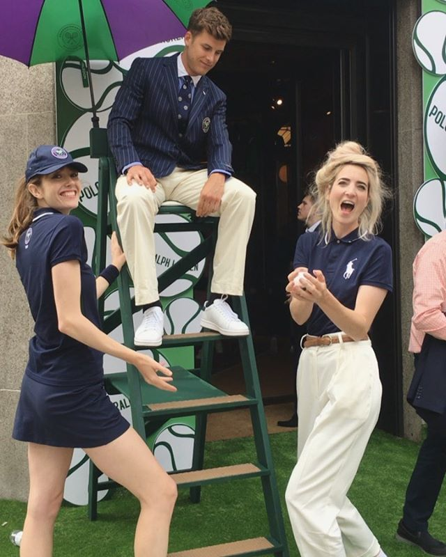 Last week's fun times with @ralphlauren celebrating Wimbledon with their own in-store tournament, with calligraphied lanyards by me 💚🎾 If someone could take me/sneak me in to Wimbledon next year I would be extremely grateful 🙏🏻😂 I still haven't been!  P.s. no I didn't get to keep the uniform although it's probably for the best as I would possibly wear it every day