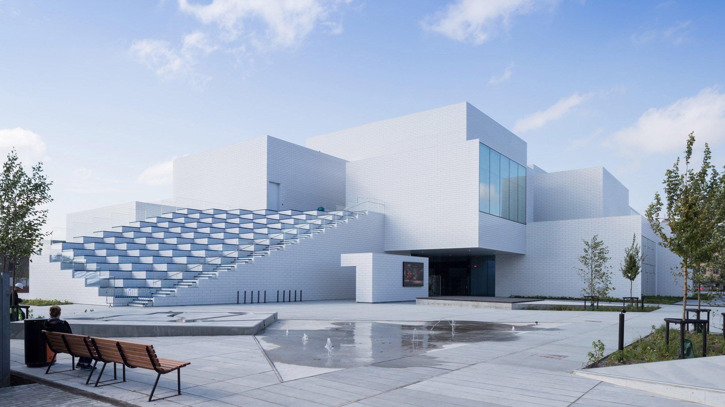 lego-house-big-photographs-iwan-baan-billund-denmark-architecture_dezeen_hero3.jpg