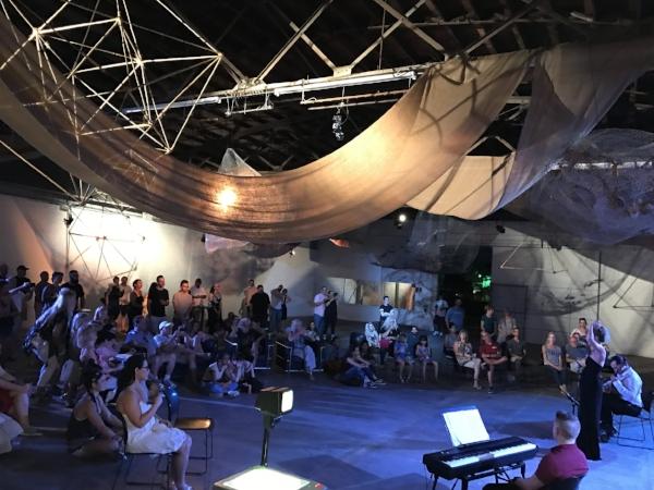 Voce Dell'arte Opera in an Installation