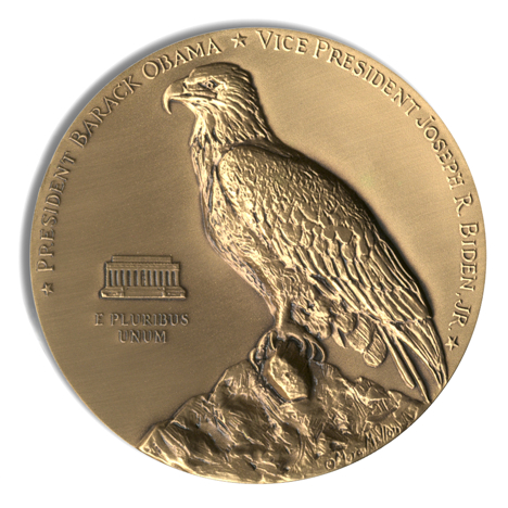2013-Obama-Biden-Inaugural-Eagle-medal-Reverse.jpg