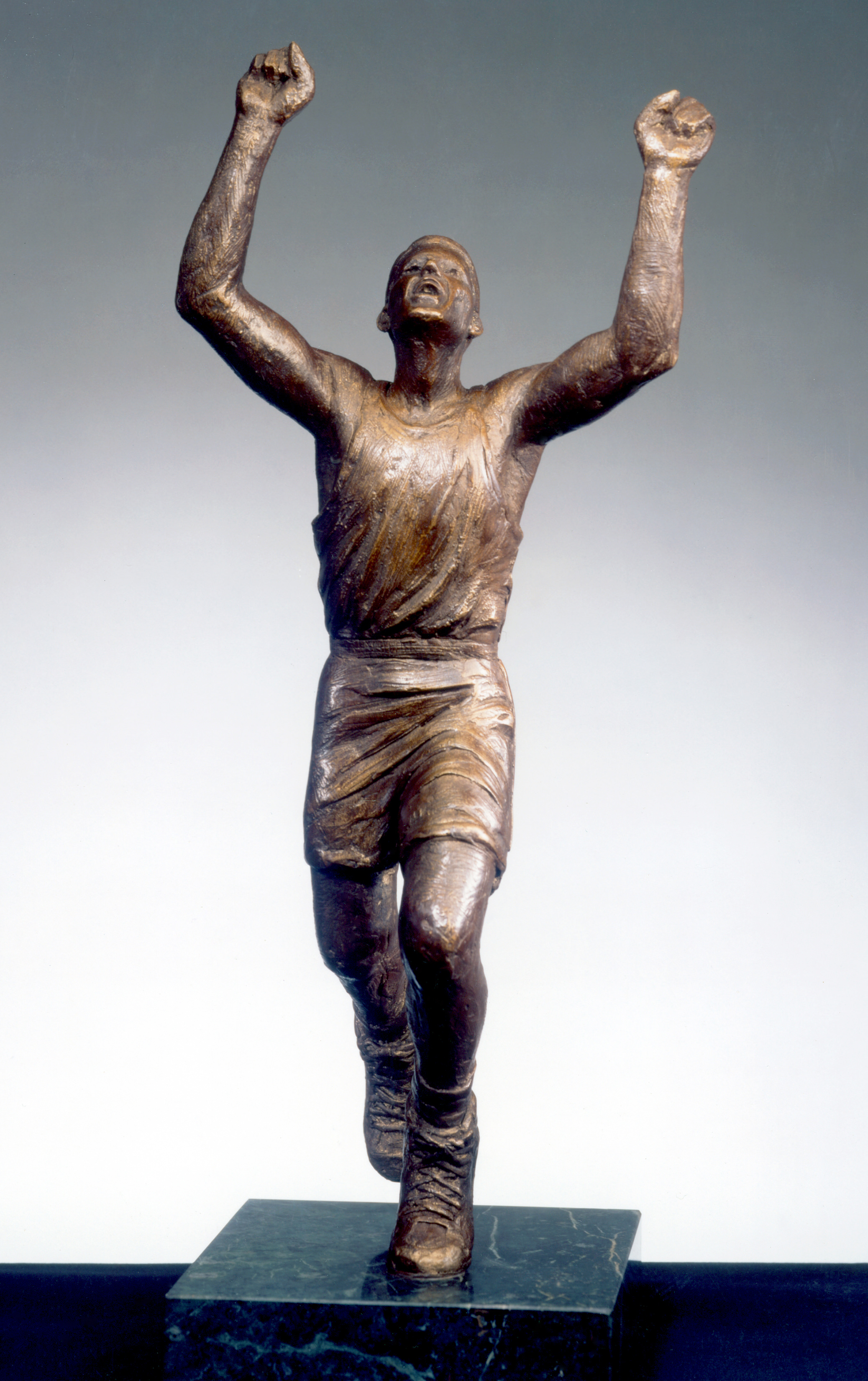the-drazen-petrovic-sports-sculpture-mcdonalds-championship-mvp-sports-trophy.jpg