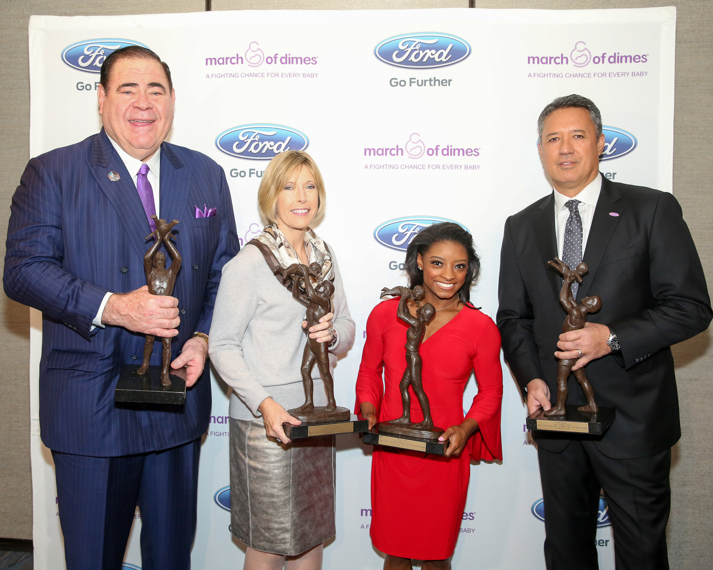 The March of Dimes Sports Luncheon raised 1.2 million November 28, 2017 at the Midtown New York Hilton, promoting healthy babies. Mellon bronzes honored Ron Darling, sports broadcaster and former NY Mets star pitcher, multiple Olympic Gold medal winning gymnast Simon Biles, Pro Football Hall of Fame President David Baker, and NFL Chief Marketing Officer Dawn Hudson. Photos © Hechler Photography