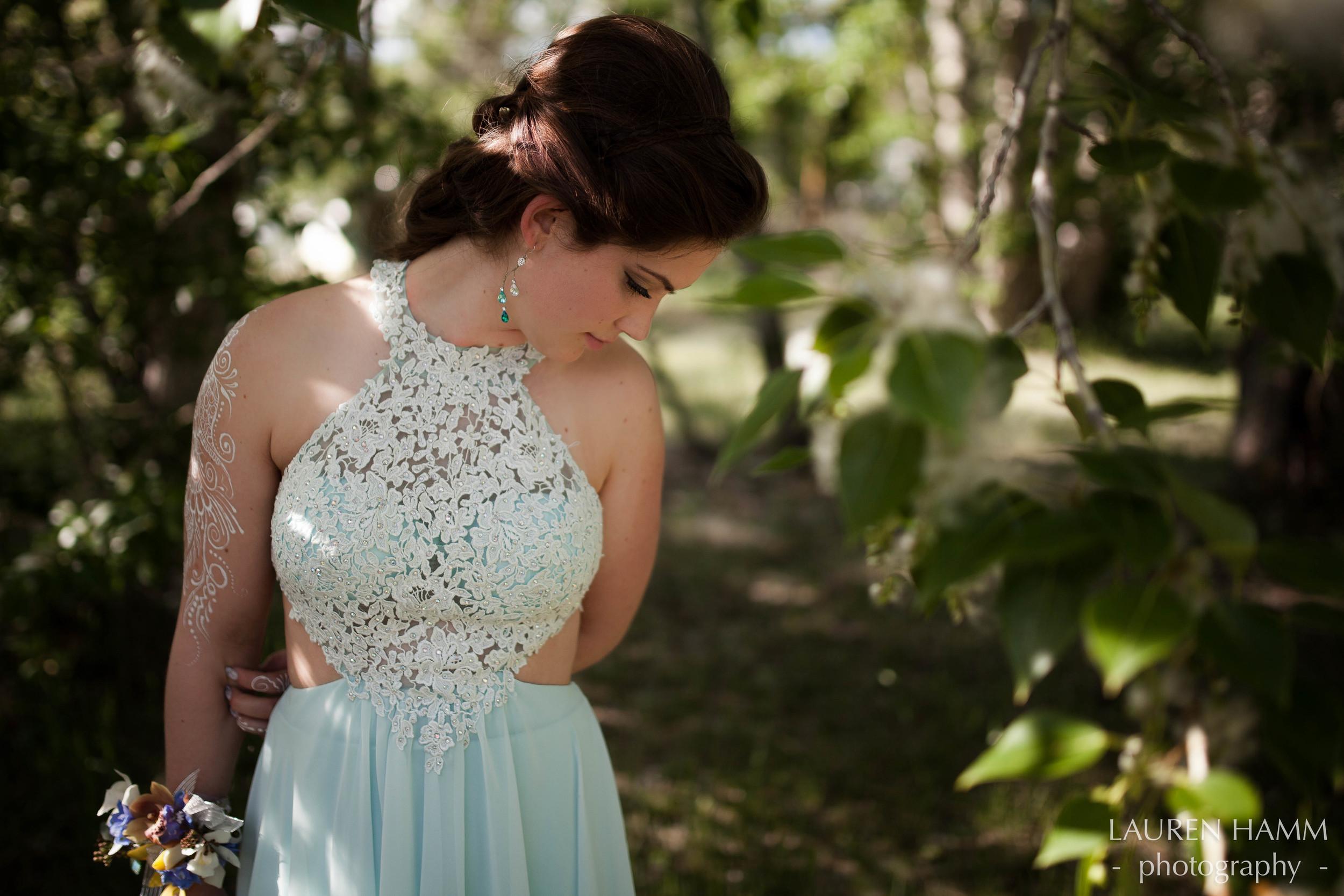 Karis Hilchey | Graduation | Alberta Photographer | YYC | Lauren Hamm Photography